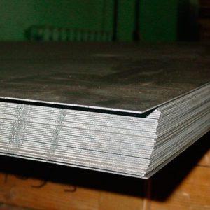 Лист из конструкционной стали